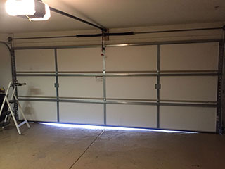 Which Parts Should Be Lubricated? | Garage Door Repair Denton, TX